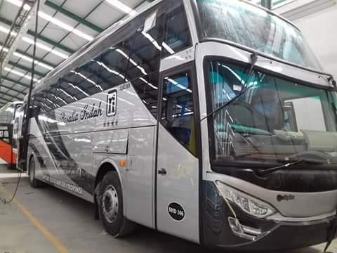 Bus SHD Rosalia Indah